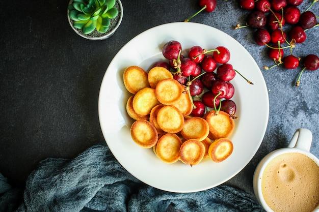 パンケーキシリアルミニ甘い朝食スナック
