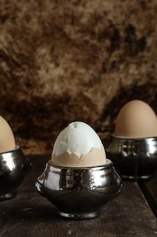 新鮮なゆで卵