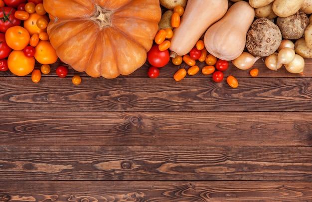 秋野菜の背景、トップビュー