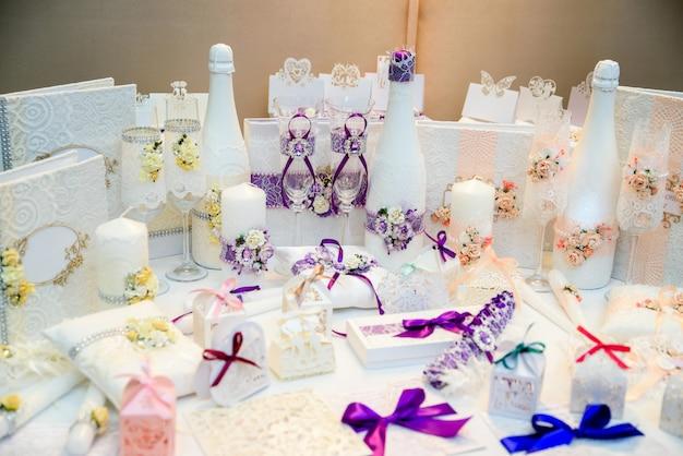 結婚式の装飾と装飾。