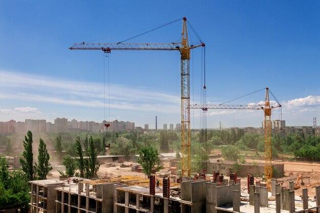 都市の概念の建物の建設。
