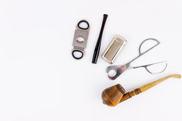 Трубка, прикуриватель, мундштук и резак для металла