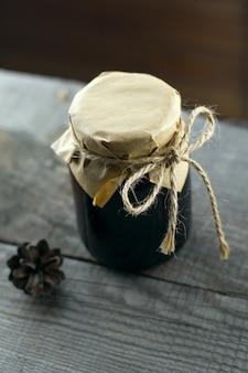 ジャム瓶ヴィンテージ木製ナックグラウンド