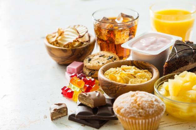 砂糖を多く含む食品の選択