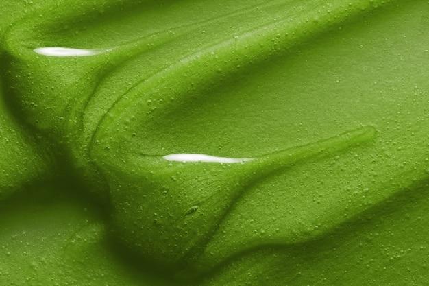 Зеленая натуральная косметическая маска для волос с текстурой
