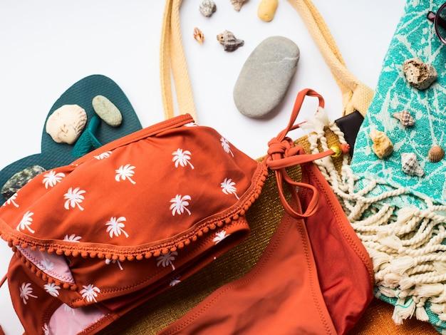 白のビーチ女性ファッションアクセサリー