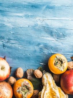 秋のフルーツ感謝祭ブルーの背景