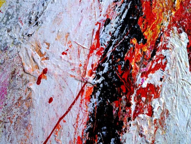 Закройте вверх по руке нарисуйте красочную текстуру картины маслом абстрактную.