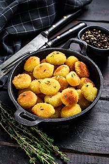 鍋で揚げた自家製ポテトニョッキ