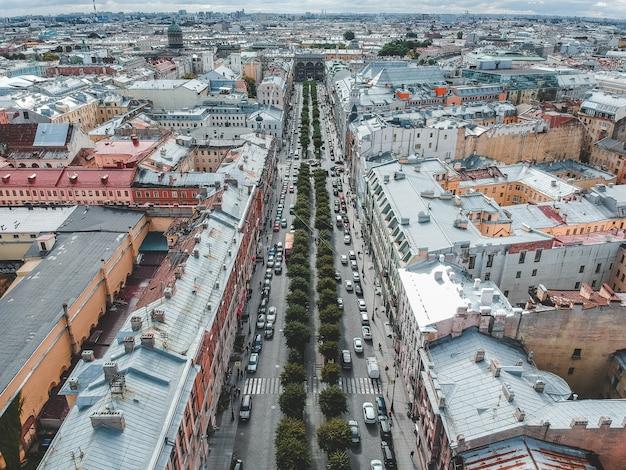Аэрофотосъемка крыш, жилых зданий, флэтли, санкт-петербург, россия.