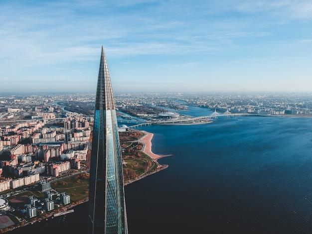 鳥瞰図から都市のアリエルビューパノラマ。
