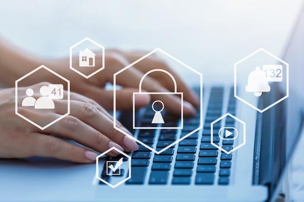 Значки кибербезопасности