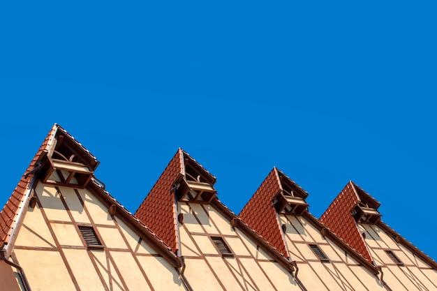 木組みの家の屋根
