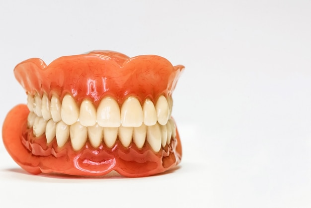 歯科用義歯