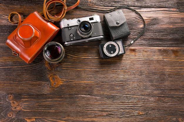 露出計とレトロカメラ
