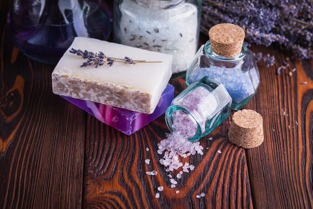 ラベンダー石鹸と海の塩