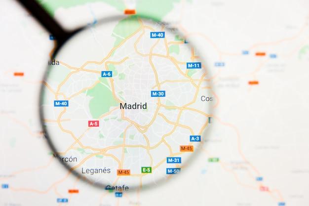 Увеличительное стекло на карте испании