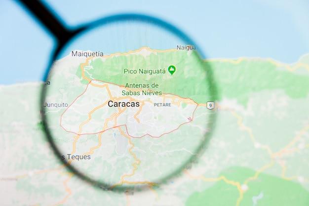 Увеличительное стекло на карте венесуэлы
