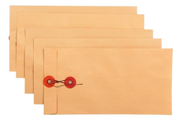 茶色の封筒のスタック