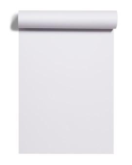Свиток листа белой бумаги