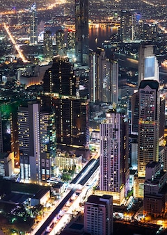 Ночная сцена городской пейзаж