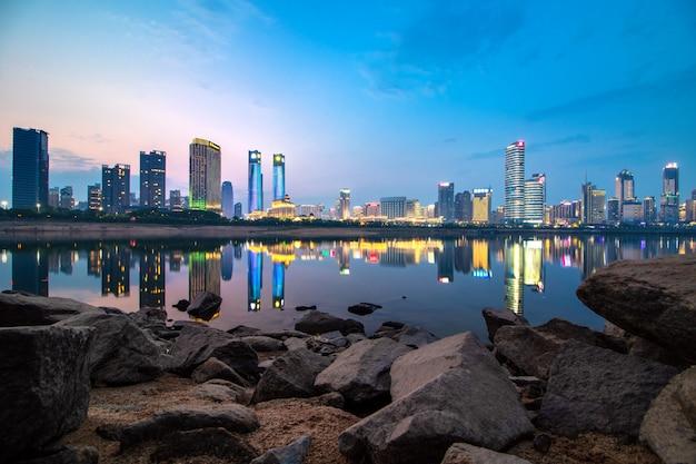 街の夜、中国南昌の空の夜景