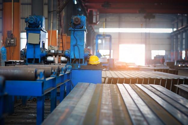 造船所での鉄の工房