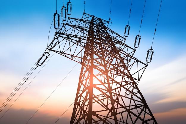 高電圧ポストまたは高電圧タワー