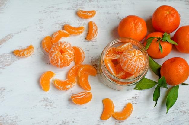 Спелый мандарин