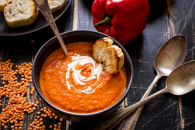 Тыквенный суп с густыми сливками