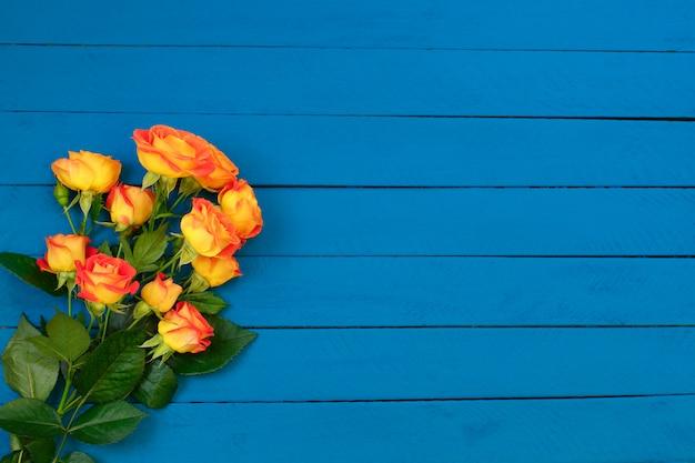 オレンジ色のバラの花束の背景