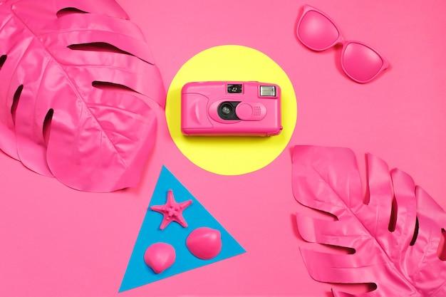 ファッションフィルムカメラのミニマリズム。