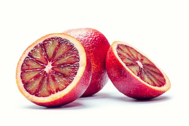 白で隔離されるシチリアオレンジ