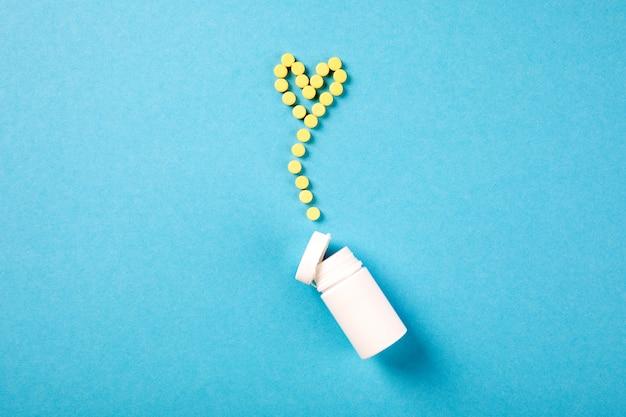 医薬品の丸薬、錠剤、ボトル