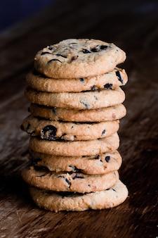 焼きたてのクッキーのスタック