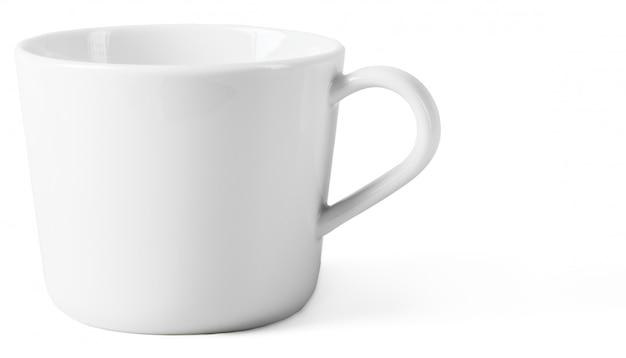 白で隔離される白いカップ