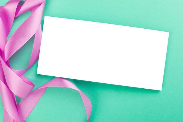 Пустая карточка с лентой