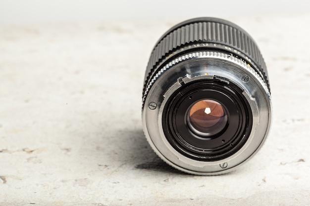カメラレンズをクローズアップ