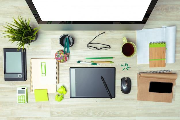 デザイナーの職場、クローズアップ