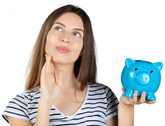 白で分離された貯金を持つ女性