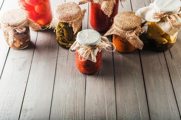 木製の保存野菜