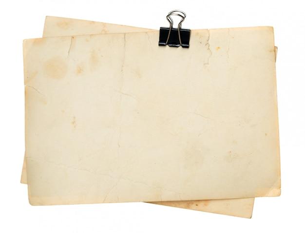白い背景の上の古い紙。