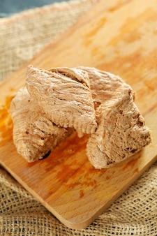 木製の伝統的な東部のデザート