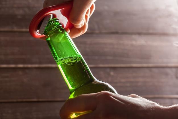 ビールと開幕戦のガラス瓶