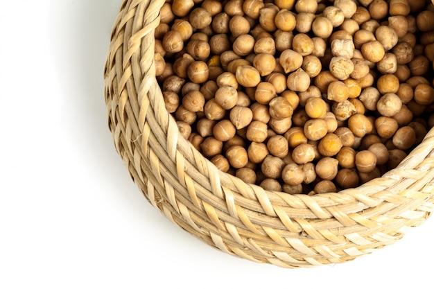 大豆の白い背景で隔離