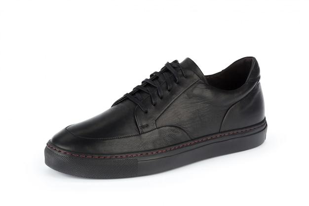 白で隔離される男性靴アンクルブーツ