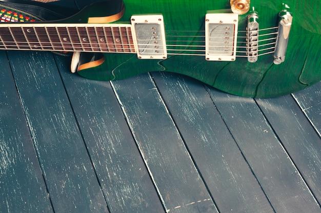 エレクトリックギターのボディとネックのディテール