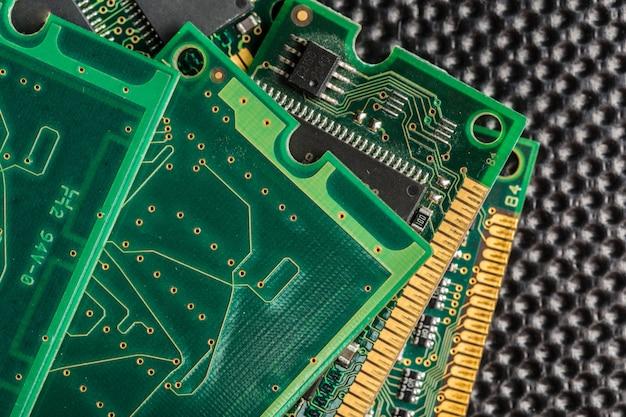 コンピューターチップ、テクノロジー、エレクトロニクス産業