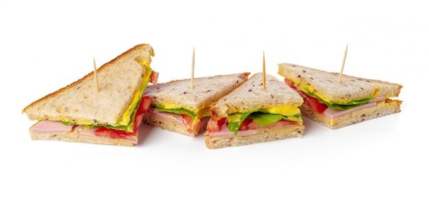 白い表面のサンドイッチ