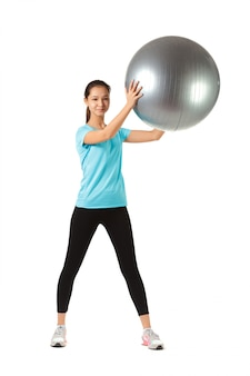 フィットネス女性とピラティスボール